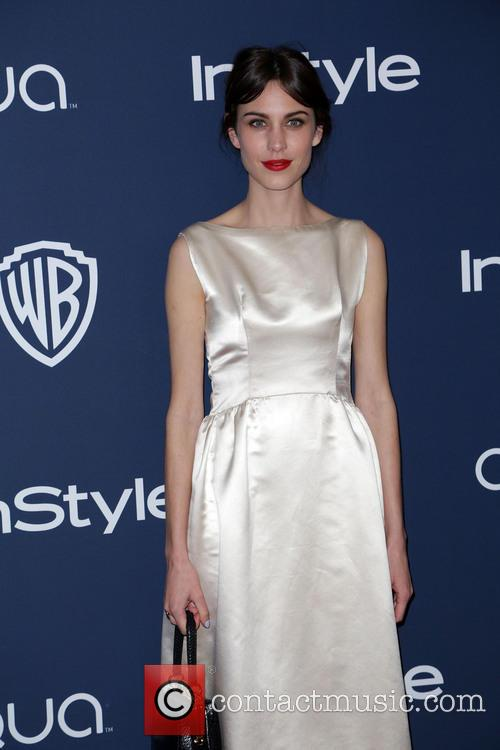 Alexa Chung, Oasis Courtyard at the Beverly Hilton Hotel, Golden Globe Awards, Beverly Hilton Hotel