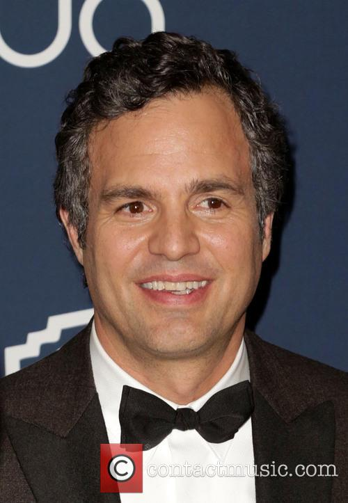 Mark Ruffalo, Oasis Courtyard at the Beverly Hilton Hotel, Golden Globe Awards, Beverly Hilton Hotel