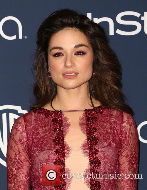 Crystal Reed, Oasis Courtyard at the Beverly Hilton Hotel, Golden Globe Awards, Beverly Hilton Hotel