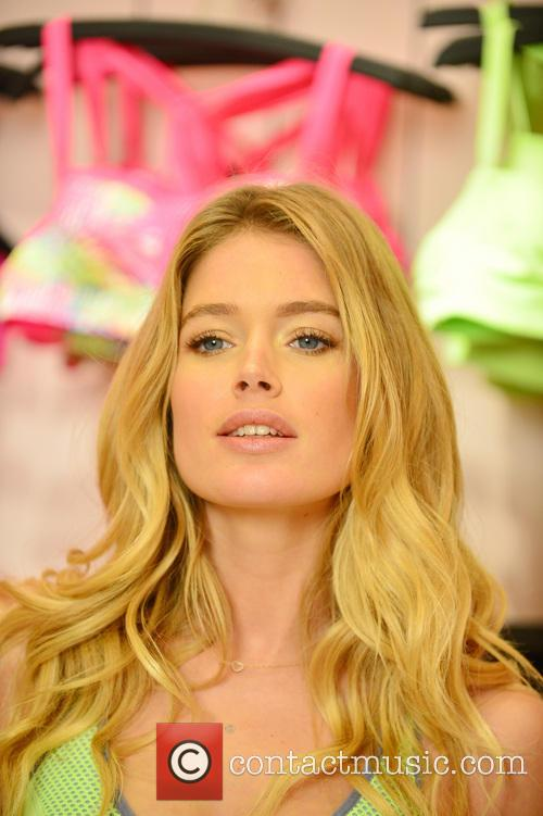 Doutzen Kroes, Victoria Secret Lincoln Road Miami Beach, Victoria's Secret