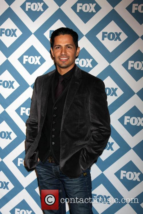 nicholas gonzalez fox tca winter 2014 party 4024432