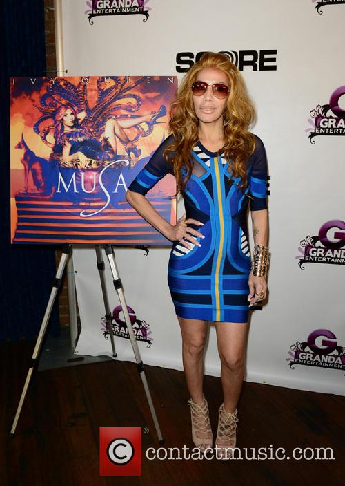 Ivy Queen 23