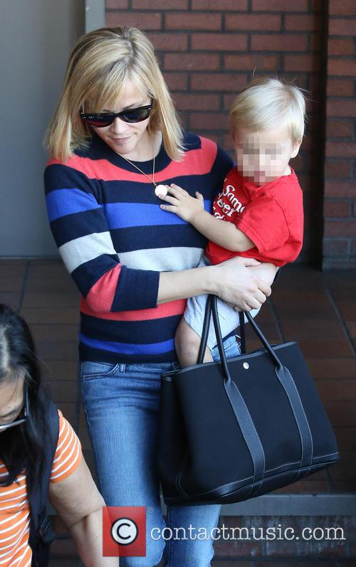 Reese Witherspoon with son Tennessee