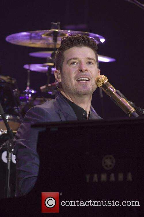 robin thicke robin thicke in concert 4024876