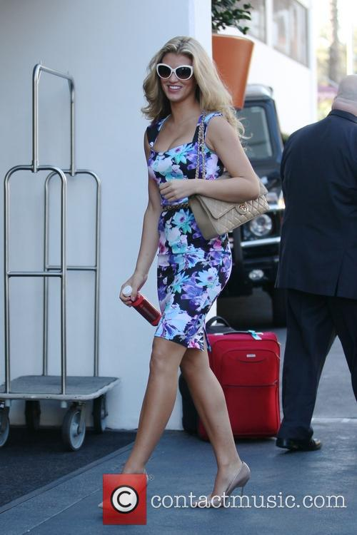 Amy Willerton heads to meeting in Hollywood