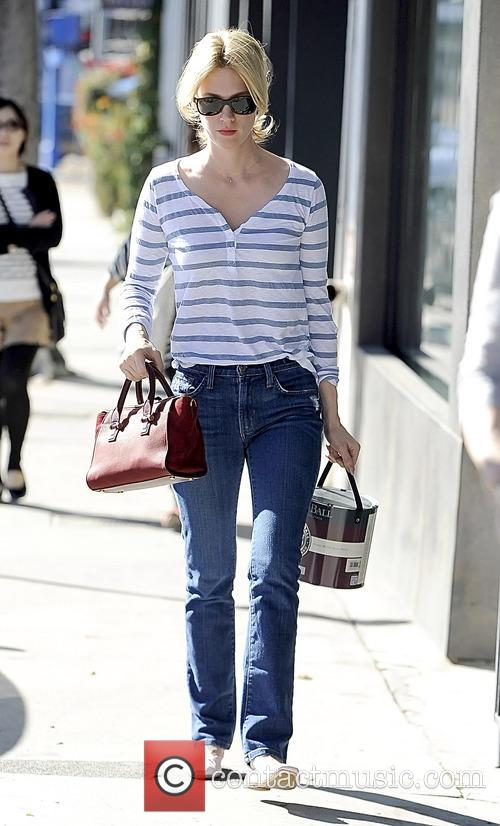 january jones january jones buys paint 4024739