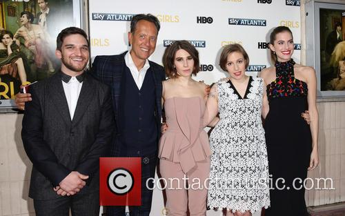 Richard E Grant, Zosia Mamet, Lena Dunham, Allison Williams and Evan Jonigkeit 3