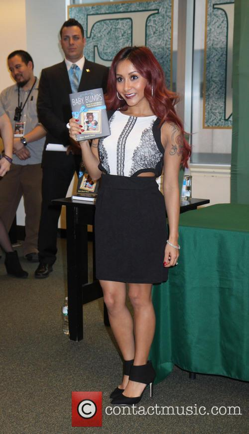 nicole 'snooki' polizzi snooki nicole snooki polizzi promotes 4026293