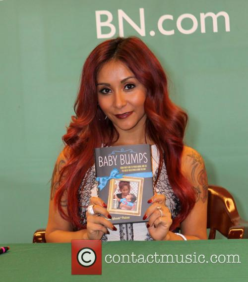 nicole 'snooki' polizzi snooki nicole snooki polizzi promotes 4026297