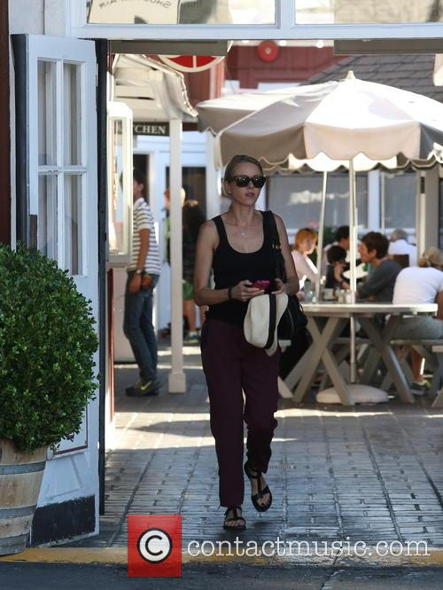 Naomi Watts shopping at Brentwood Country Mart