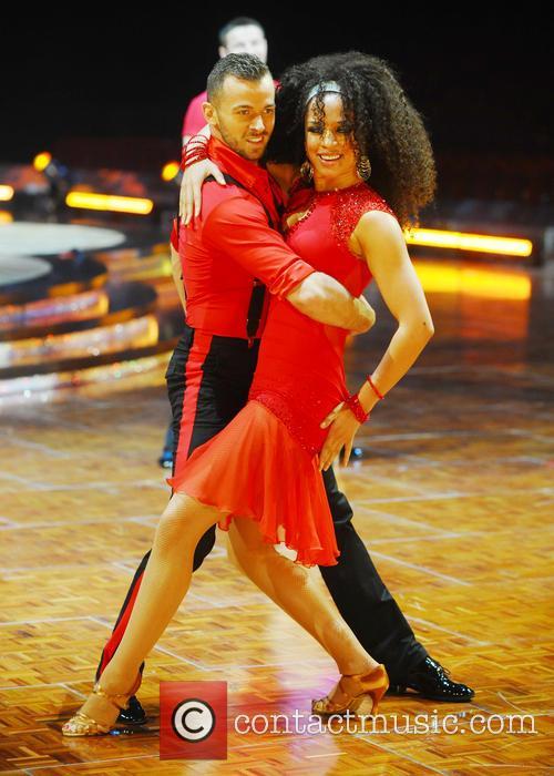 Natalie Gumede and Artem Chigvintsev 2