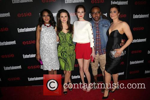 Kerry Washington, Katie Lowes, Darby Stanchfield, Columbus Short and Bellamy Young 5
