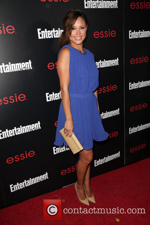 Entertainment Weekly and Vanessa Lachey 5