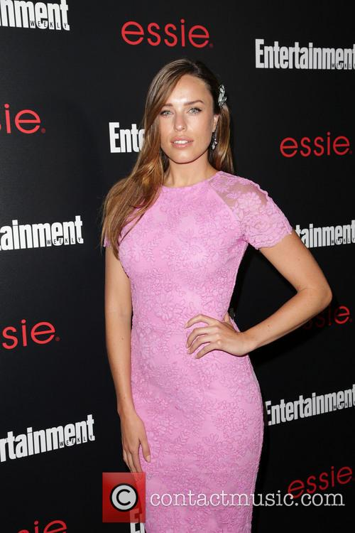 Entertainment Weekly and Jessica Mcnamee 10