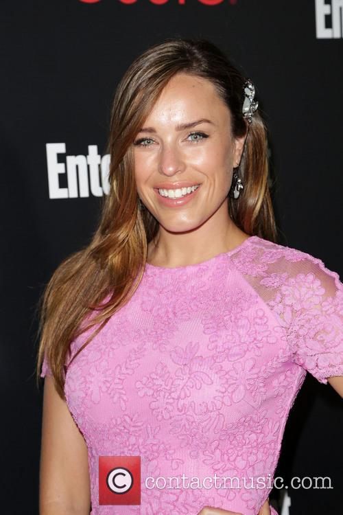 Entertainment Weekly and Jessica McNamee 7