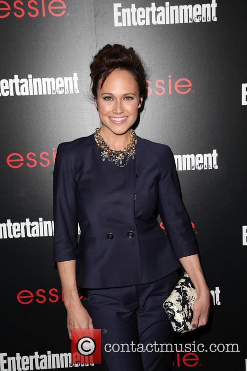 Entertainment Weekly and Nikki DeLoach 3