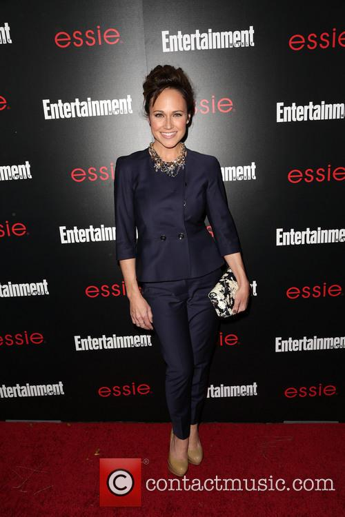Entertainment Weekly and Nikki DeLoach 4