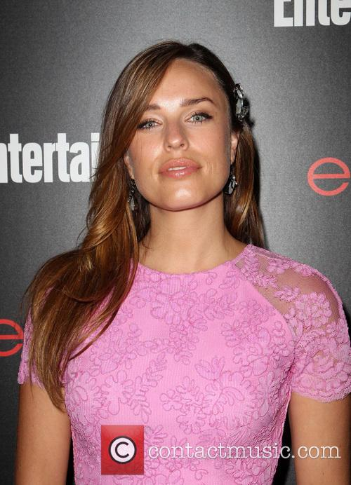 Entertainment Weekly and Jessica McNamee 9
