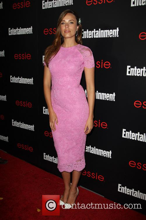 Entertainment Weekly and Jessica McNamee 11