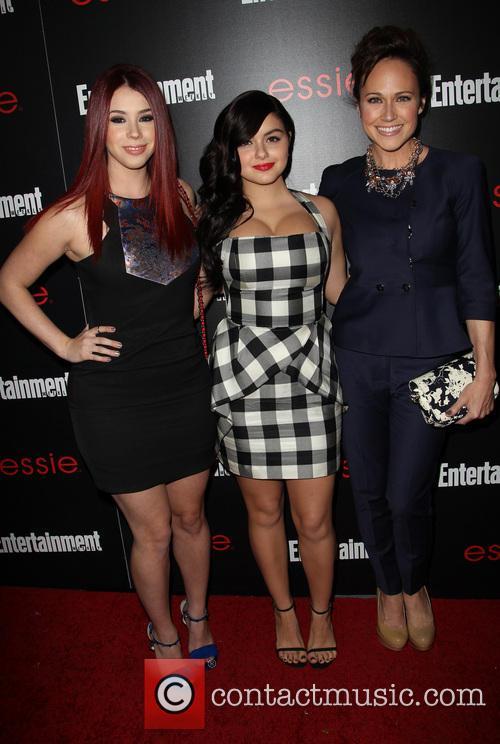 Jillian Rose, Ariel Winter and Nikki Deloach 2