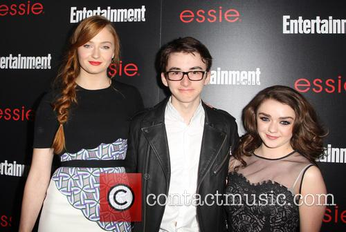 Sophie Turner, Isaac Hempstead-wright and Maisie Williams 6