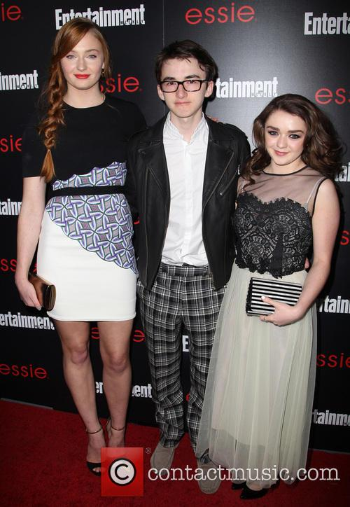 Sophie Turner, Isaac Hempstead-wright and Maisie Williams 8