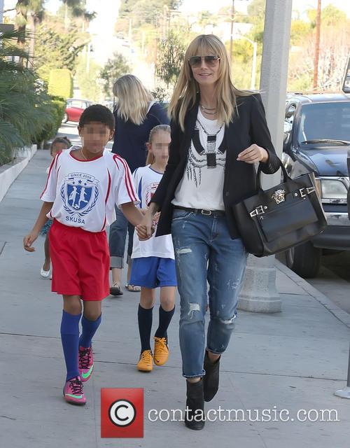 Heidi Klum shopping for sports gear with kids