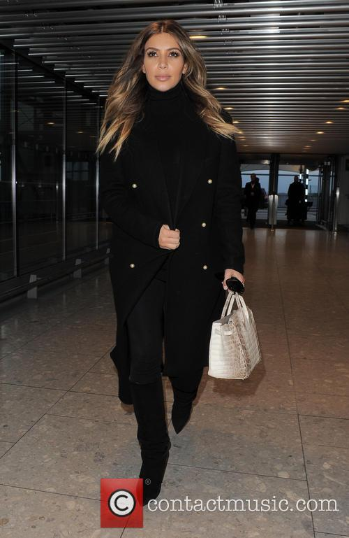 kim kardashian kim kardashian at heathrow airport 4030418