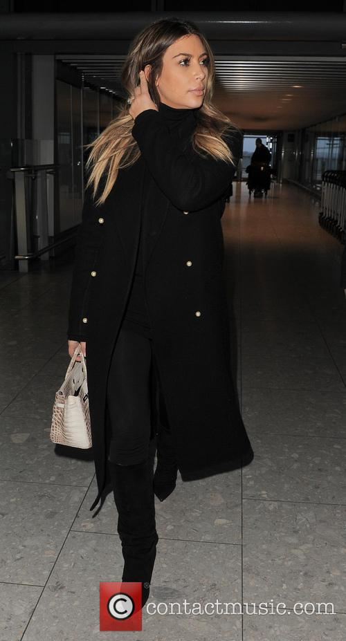 kim kardashian kim kardashian at heathrow airport 4030420