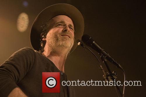 Fran Healy and Travis 2