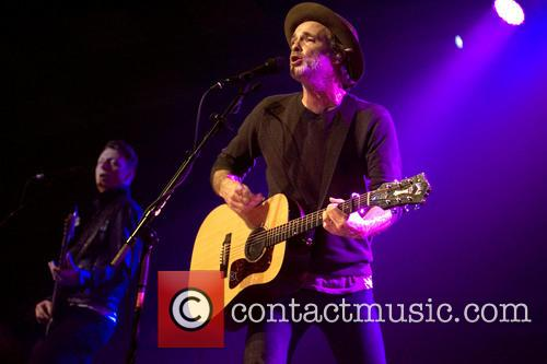Fran Healy and Travis 6