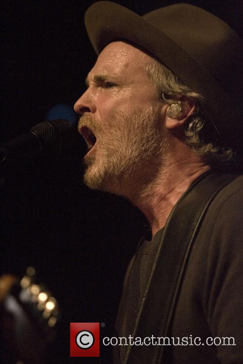 Fran Healy and Travis 17