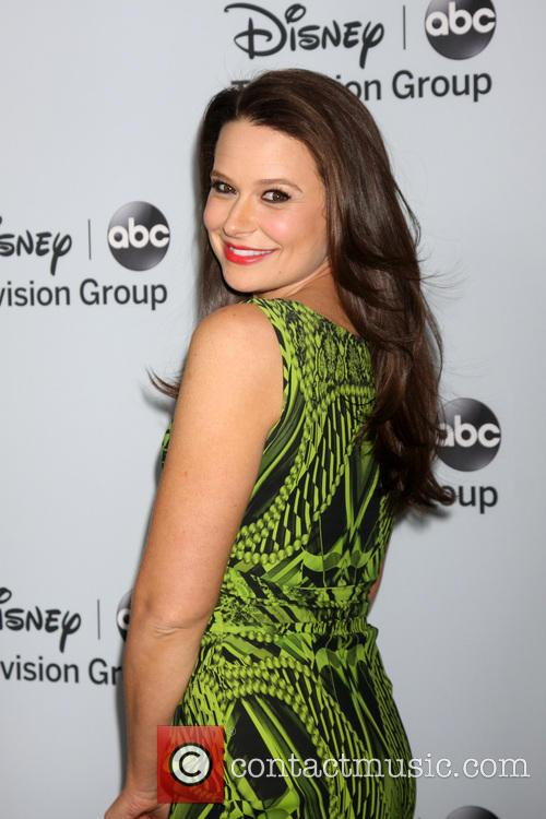 Katie Lowes 6