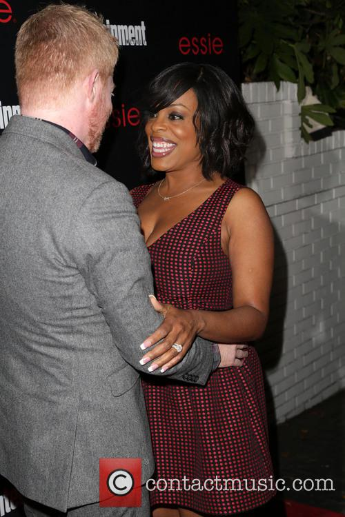 Jesse Tyler Ferguson and Niecy Nash 6