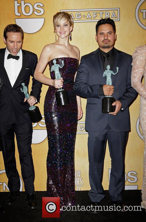 Alessandro Nivola, Jennifer Lawrence and Michael Pena 3