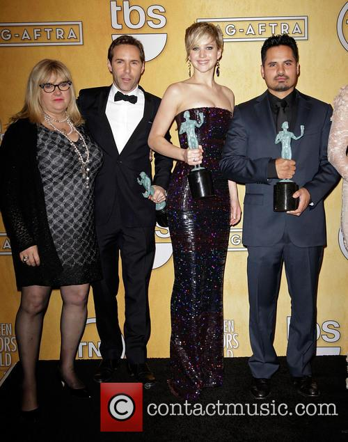 Colleen Camp, Alessandro Nivola, Jennifer Lawrence and Michael Pena 2