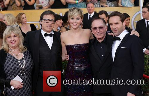 Collen Camp, David O'Russell, Jennifer Lawrence, Paul Herman and Alessandro Nivola 2