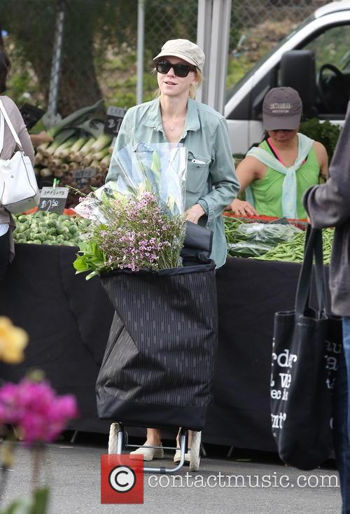 Naomi Watts at a farmers market in Brentwood