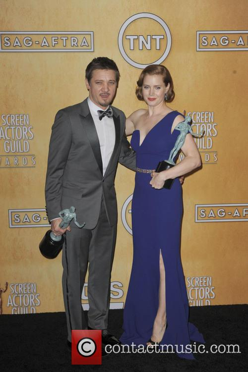 Amy Adams and Jeremy Renner 2