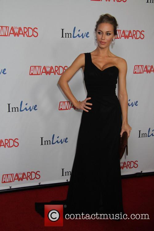 Nicole Aniston 2