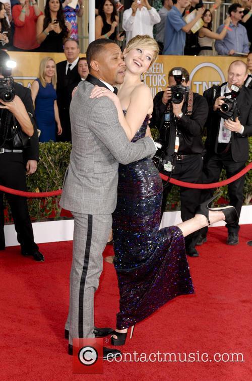 Cuba Gooding Jr. and Jennifer Lawrence 1