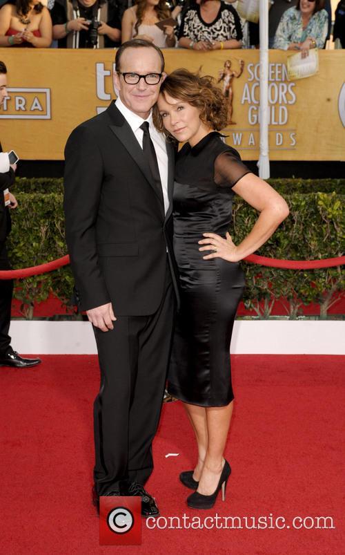 Clark Gregg and Jennifer Grey 1