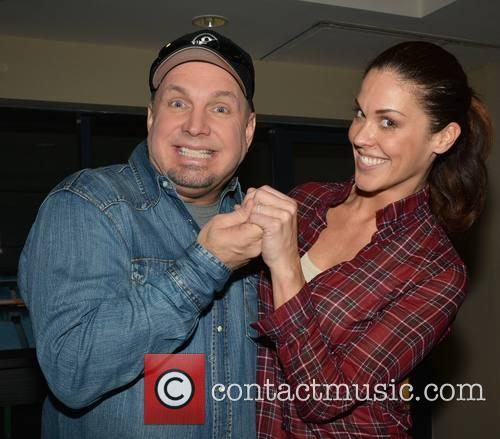 Garth Brooks and Glenda Gilson 2