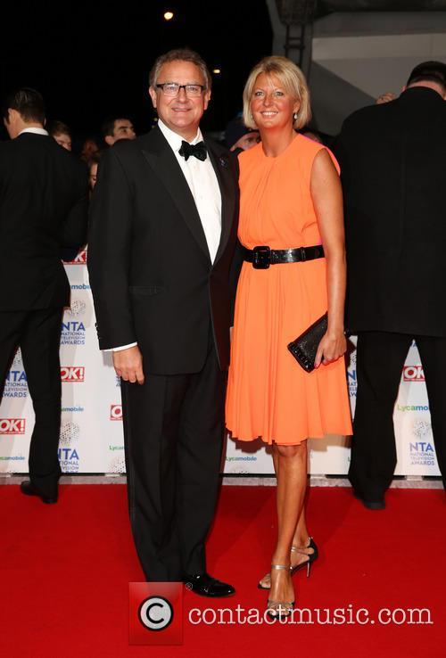 Hugh Bonneville, Wife and Lulu Williams 4