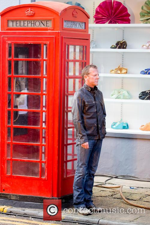 Kiefer Sutherland Filming 24 London Phone Box