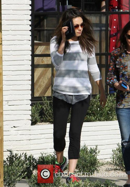 mila kunis mila kunis out and about 4038126