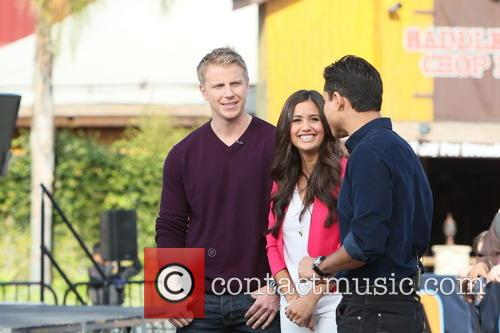 Sean Lowe, Catherine Guidici and Mario Lopez 7