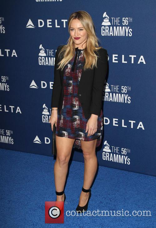 hilary duff delta airlines pre grammy party 4038643