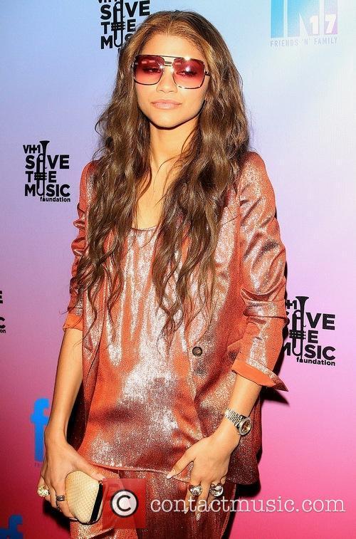 17th Annual VH1 Save the Music Friends 'N'...