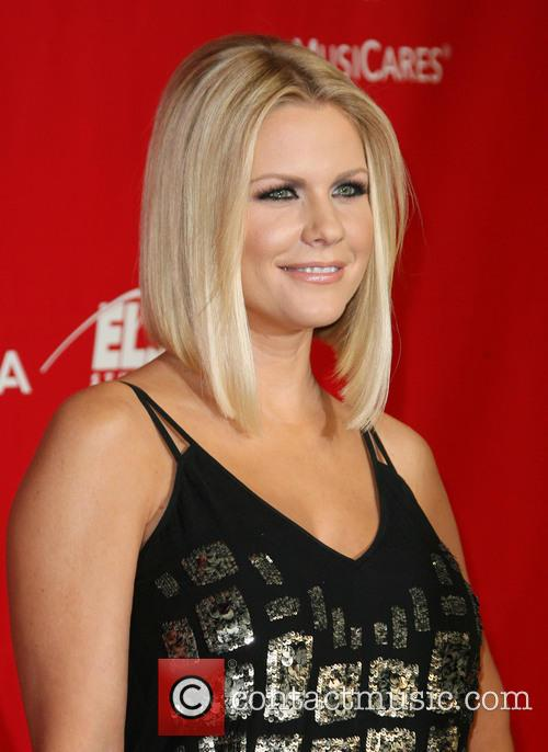 Carrie Keagan 9